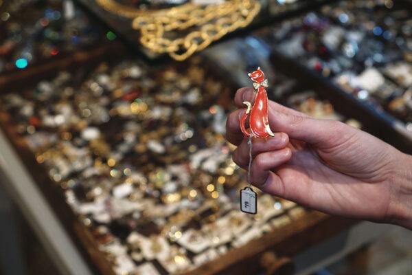 Image of jewelry at VintageSoulGeek
